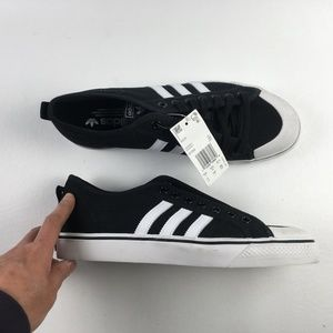 Adidas Black Shoes H2313553